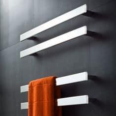 Verwarming voor handdoek in badkamer