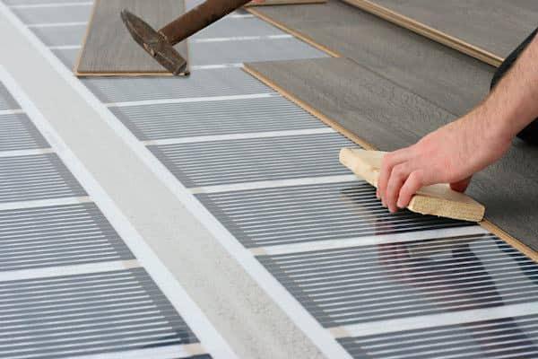 Elektrische vloerverwarming plaatsen
